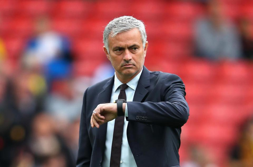 Is Jose Mourinho planning to switch back to the 4-3-3 formation? Jose Mounrinho on