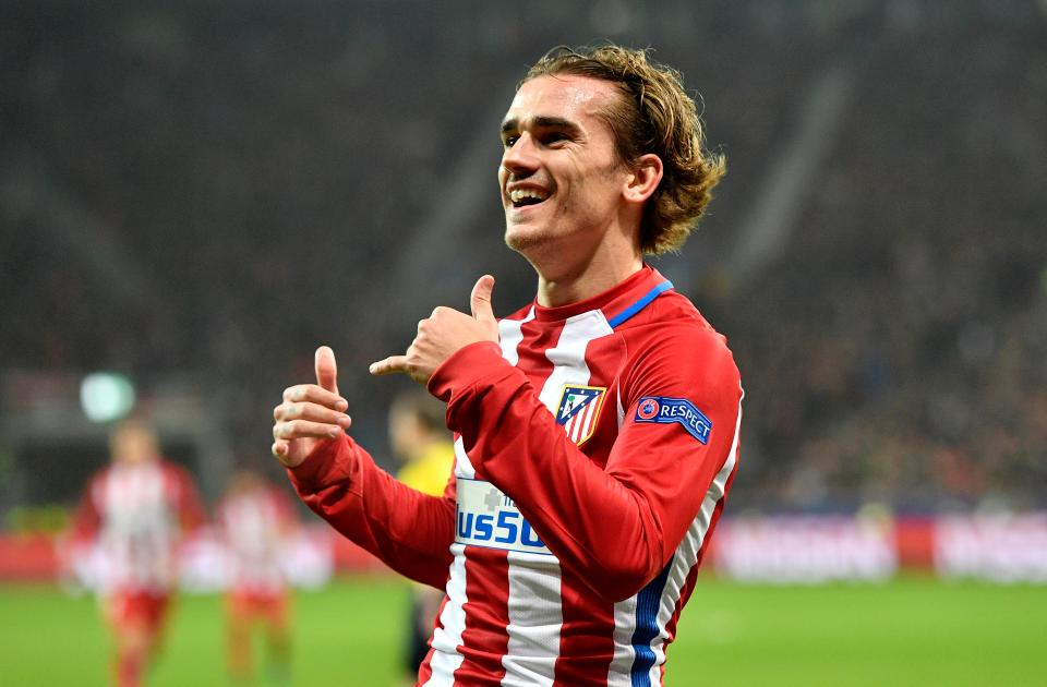 antoine griezmann has decided between a man united or a